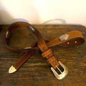 Vintage Western Concho Leather Belt